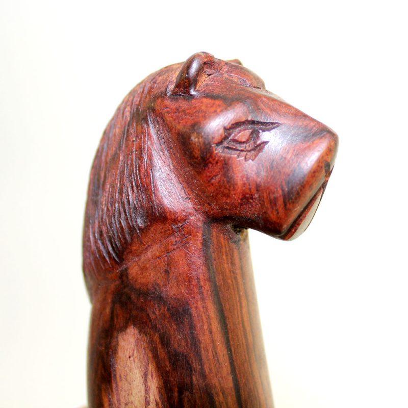 Wooden-Lion-Head-Bottle-opener-3