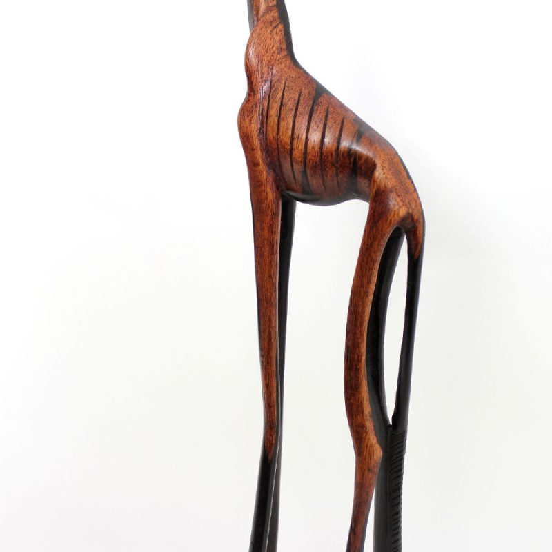 Wooden-statue-giraffe-1.1-body