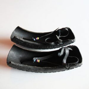 Maasai-shoes-motorcycle-tire-4.2
