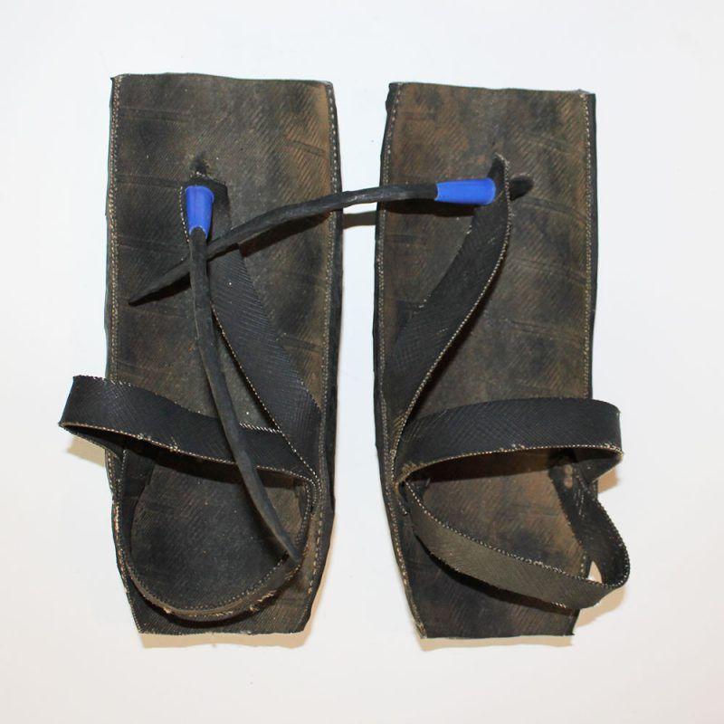 Maasai-shoes-motorcycle-tire-5.3
