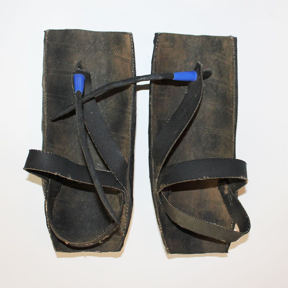 Maasai-shoes-motorcycle-tire-5.3