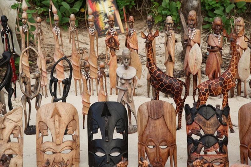 wood-crafts-tanzania